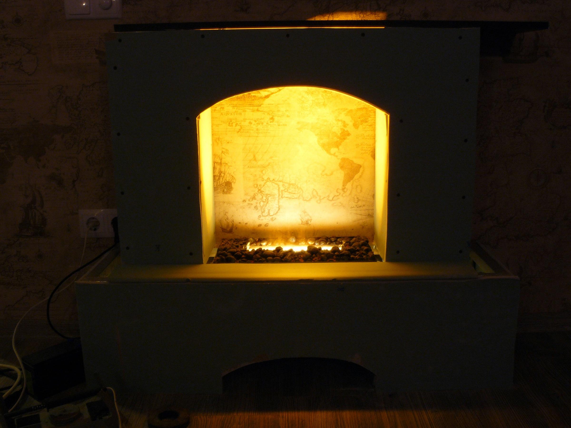 Как сделать имитацию огня в камине своими 377